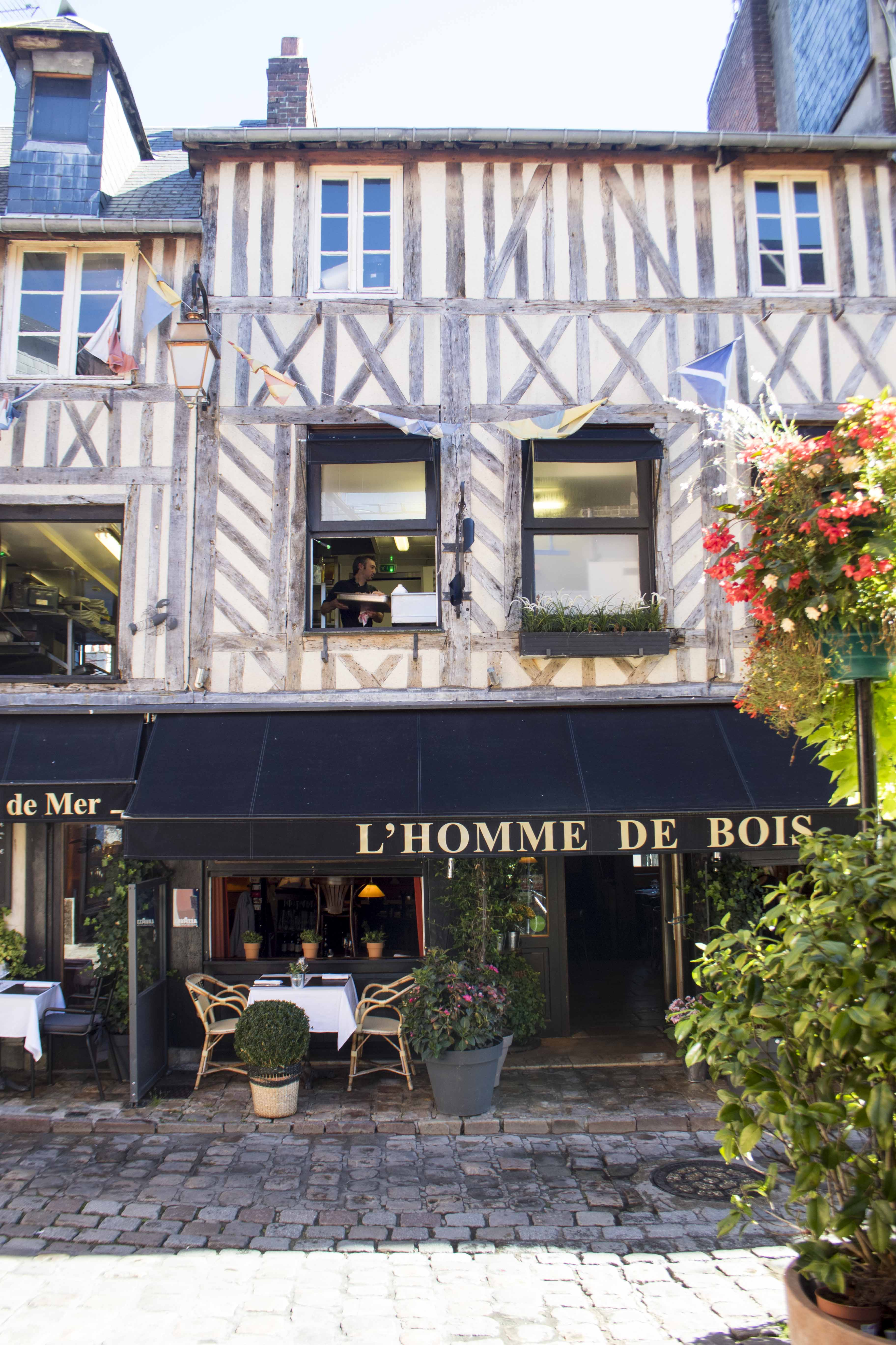 Charming Normand restaurant in Honfleur