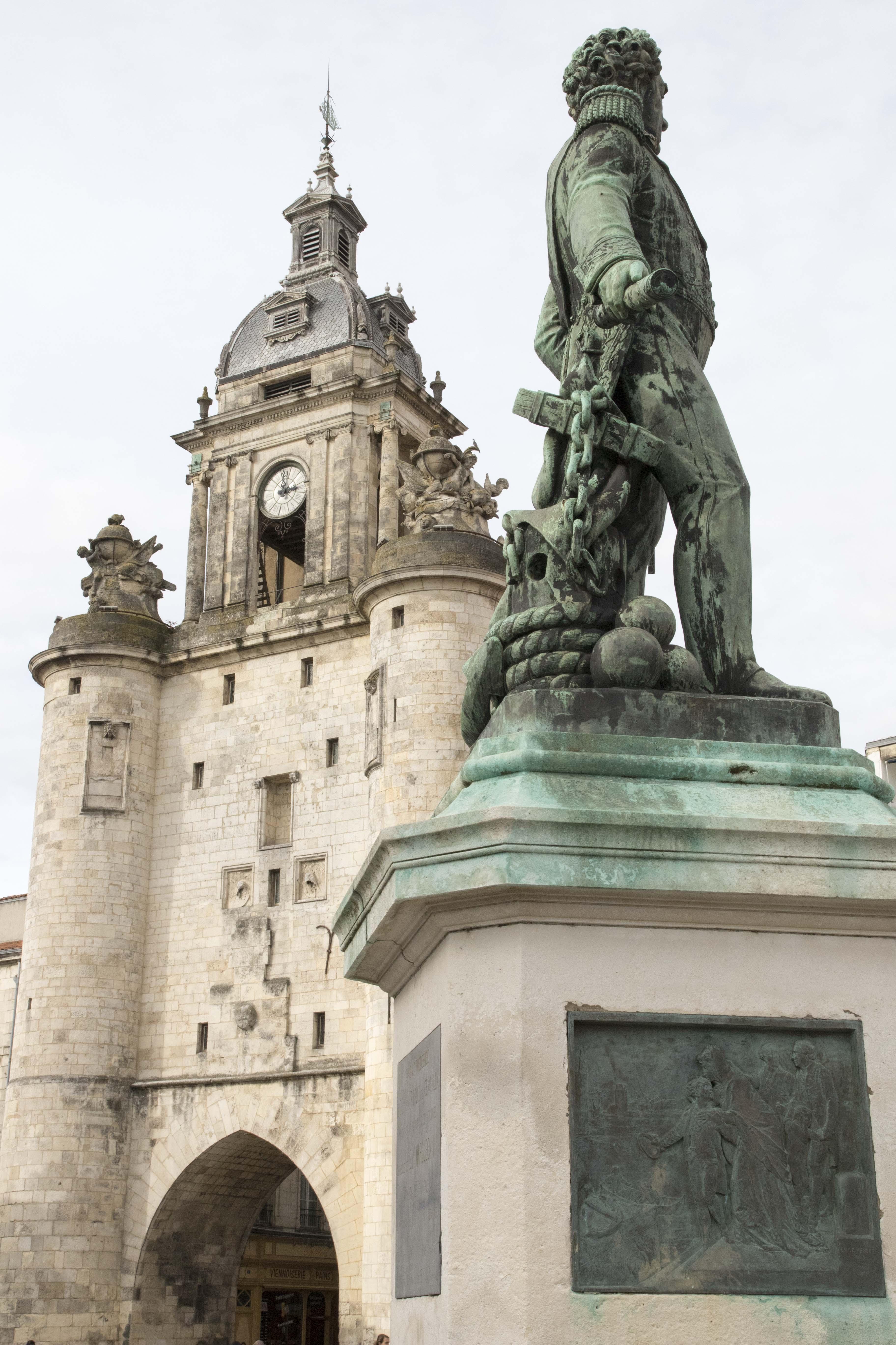 Monument in La Rochelle/Statue a la Rochelle